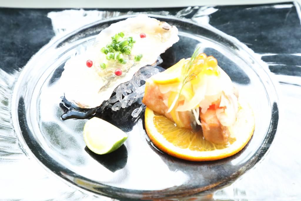 広島の大牡蠣のオリーブオイル煮
