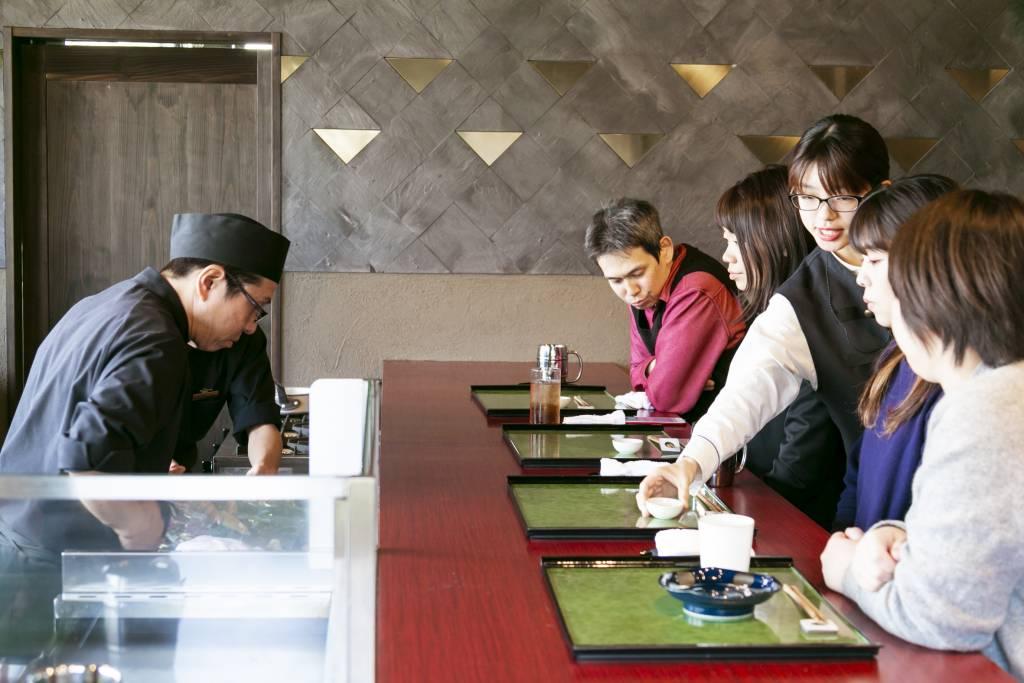 ご利用満足度NO1のカウンター料理コース!