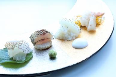 玄海鯛 大葉紫蘇 水烏賊 寄せ長芋 赤海老 焼長芋 炙りカマス  焼長芋