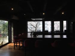 『豆富と佐賀牛と日本料理十一口(といろ)』カウンターで桜を見ながらランチ&ディナーはいかがでしょうか☆