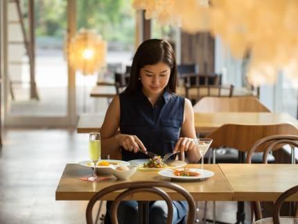 レストランお席の風景
