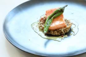 魚料理:本日の鮮魚のポワレ~デュクセル、バジルソース~