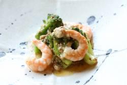 海老とブロッコリーの温サラダ