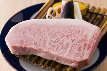 佐賀牛のステーキ 揚げ野菜
