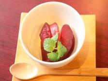 デザート:秋林檎の甲州煮~バニラアイスを添えて~
