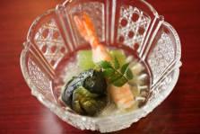 車海老鉋大根巻き  蕗 小茄子艶煮 鱶鰭餡 木の芽