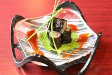 韓国海苔で巻いた鰹のネギトロパッチョ